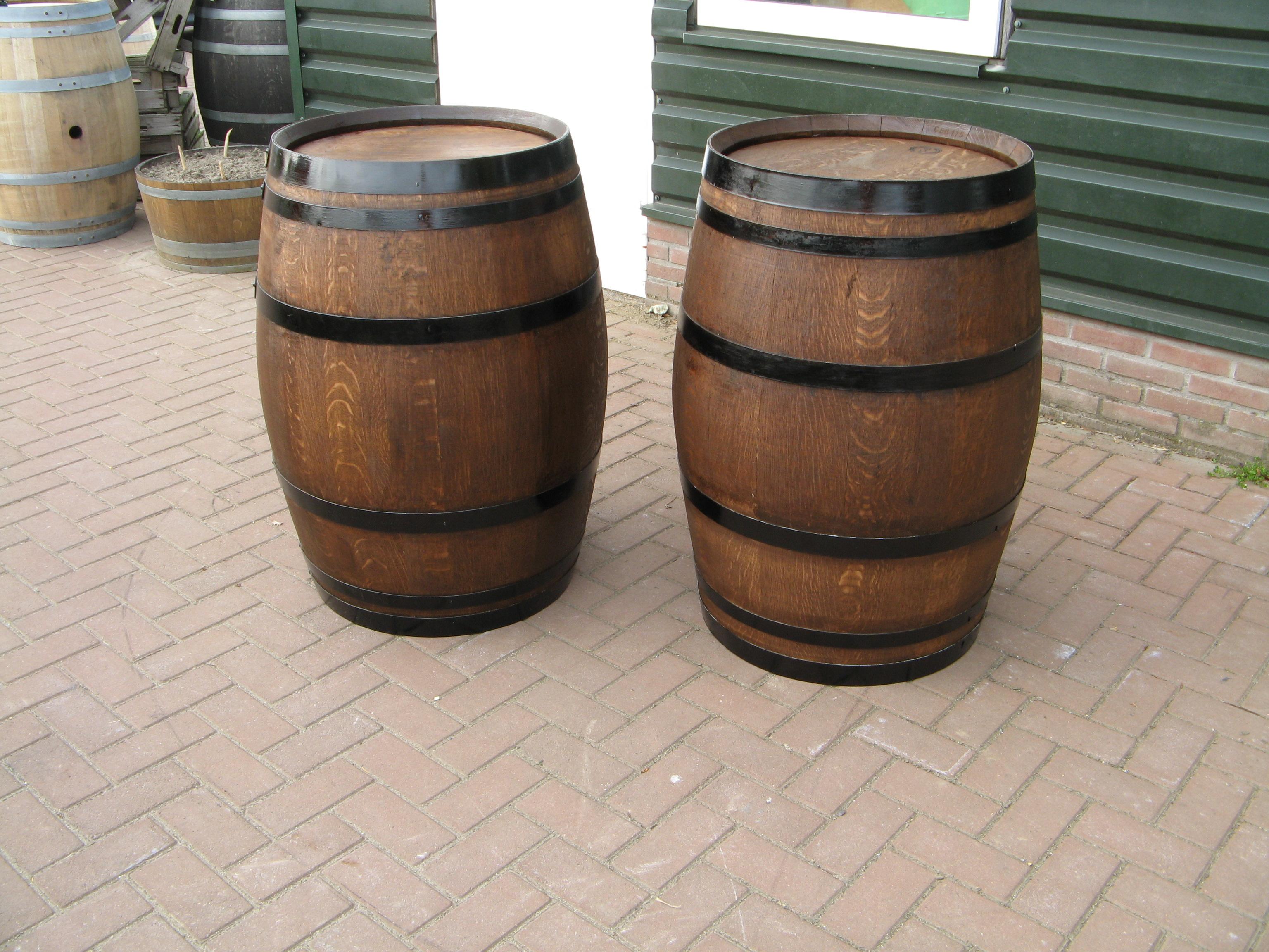 Regenton eikenhout bouwmaterialen for Vijverfolie gamma